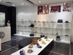 Бутик Loriblu представляет эксклюзивную итальянскую обувь в галереях «Времена года»